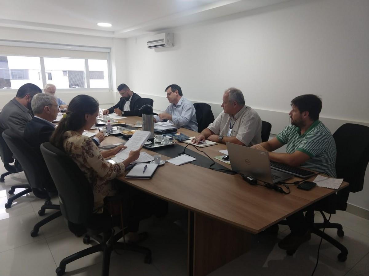Merlo realiza primeira reunião como presidente do Conselho de Regulação da ARIS